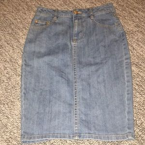 H&M Denim Jean pencil skirt size 2